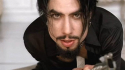 Primary Wave signs Dave Navarro