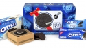 Signs the vinyl revival has gone too far #682: Oreo cookie turntable