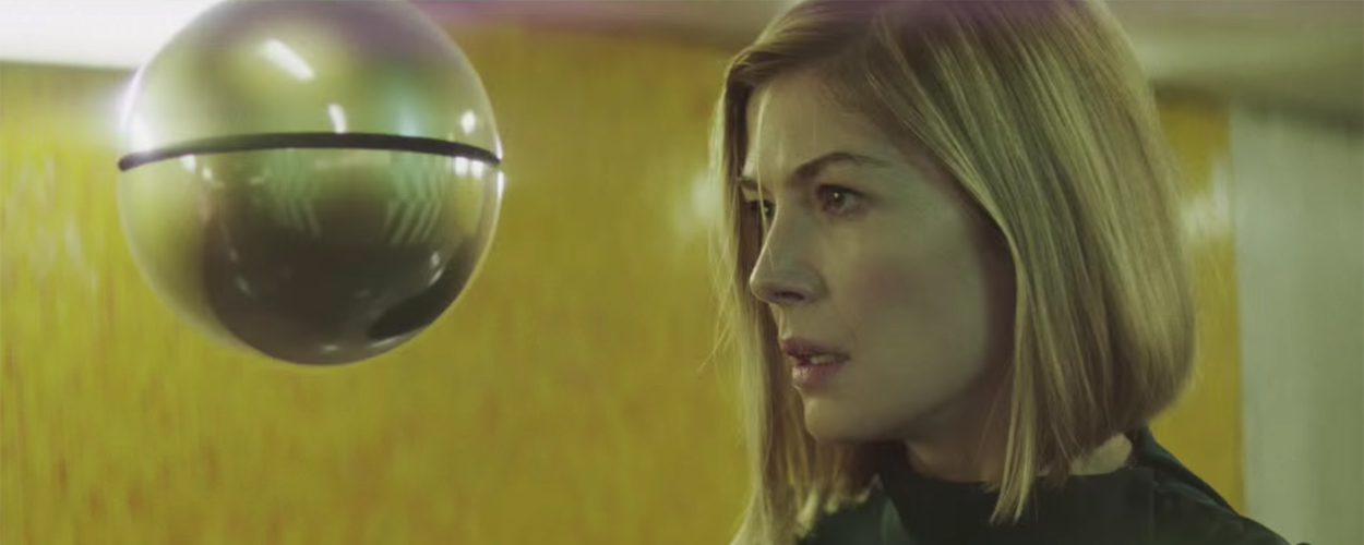 Massive Attack / Rosamund Pike