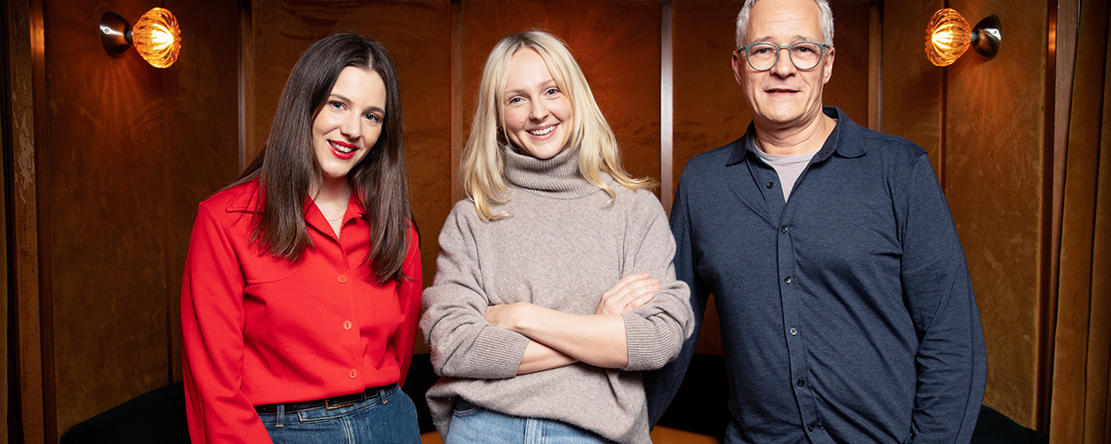 Zena White, Laura Marling and Jeremy Lascelles